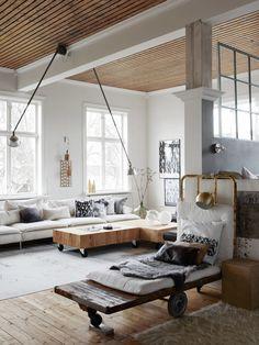 Ylva Skarp's home, living room