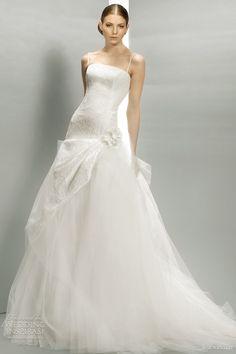 http://weddinginspirasi.com/2011/09/01/jesus-peiro-wedding-dresses-2012/: jesus peiro 2012 bridal collection