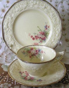 Antique Vintage Crown Ducal Florentine Picardy China Classic Pattern Cup, Saucer and Side Plate World Wide Shipping by TheMewsCottage on Etsy Antique Dishes, Vintage Dishes, Vintage China, Antique China, Teapots And Cups, Vintage Cups, Vintage Plates, China Tea Cups, My Cup Of Tea