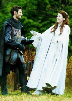 Phillip and Aurora. Julian Morris & Sarah Bolger on the set of OUAT (November 26, 2013)