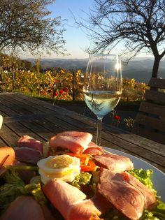 Buschenschankjause / Kitzeck im Sausal / Styria -Austria Austrian Recipes, Austrian Food, Wonderful Places, Beautiful Places, Fresco, World Congress, Heart Of Europe, European Destination, Cool Countries