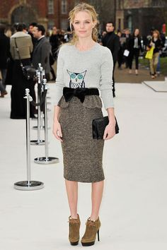 Kate Bosworth @ Burberry show  Love her style