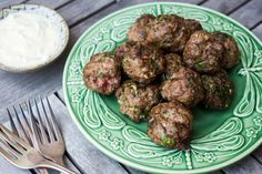 Meatballs are not the kind of thing one would usually think of as quick-and-easy-dinner fare All that rolling and frying can take forever, making meatballs a weekend project for a leisurely afternoon There are, however, shortcuts — if you can suppress your perfectionist urges