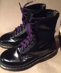 Classic Blk Leather Dr Martens 8 Hole Size 5 Ladies Air Wair in Clothing, Shoes, Accessories, Women's Shoes, Boots Dr. Martens, Combat Boots, Lady, Classic, Leather, Accessories, Shoes, Women, Fashion