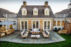 Michelle - Blog #HGTV #Dream #Home #2015 - #Back #Patio Fonte : http://www.hgtv.com/design/hgtv-dream-home/2015/articles/back-patio-from-hgtv-dream-home-2015