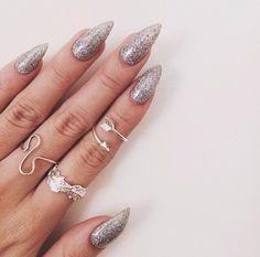 SIlver Glitter stiletto nails!! So pretty!