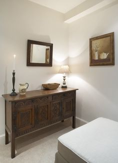 Country Interiors, Modern Country, Entryway Tables, Buffet, Sideboard, Modern Cottage Style