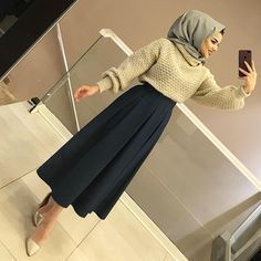 Discover recipes, home ideas, style inspiration and other ideas to try. Hijab Chic, Modest Fashion Hijab, Hijab Style, Muslim Fashion, Fashion Dresses, Hijab Fashionista, Hijab Dress, Hijab Outfit, Muslim Girls