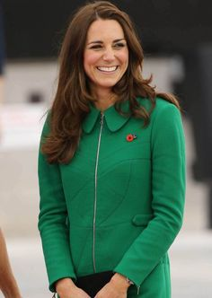 Kate Middleton - Duchess of Cambridge Princess Charlotte Dresses, Kate And Harry, High Street Trends, Kate Middleton Style, Duke And Duchess, Duchess Kate, Celebs, Celebrities, Her Style