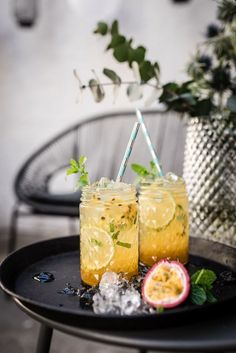 jungfrau mojito tonka passionfruit cocktail trickytine Source by meinefamilieundich . Virgin Mojito, Virgin Cocktails, Virgin Cocktail Recipes, Cocktail Photography, Food Photography, Summer Cocktails, Cocktail Drinks, Popular Cocktails, Kombucha