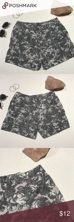 Dusty Gray Rose Shorts From H&M Gray Shorts. Super Cute With A White Or Black Top! They Have A Vintage Vibe To Them. Excellent Condition. H&M Shorts Cargos