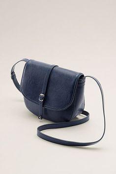 Maatinformatie:  Afmetingen: ca. 23 x 20 x 8 cm 50 euro esprit  Details:  -Binnenin heeft de tas een open vak en een ritsvak voor belangrijke spulletjes.