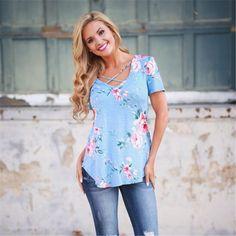 Tamanho grande 2017 Verão Flor Impresso T Shirt Mulheres Moda Casual de Manga Curta Com Decote Em V Cruz Multicolor Chique Feminino Camisetas em Camisetas de Das mulheres Roupas & Acessórios no AliExpress.com   Alibaba Group