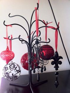 Looking for a more gothic Christmas this year? Check out some of the darker gothic Christmas decor and party supplies available and get some twisted gothic ideas for your Gothic Christmas this year.