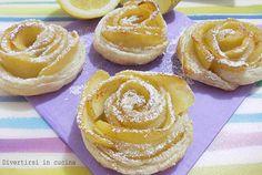 Rose apples with puff pastry - Rose di mele con pasta sfoglia Mini Desserts, Italian Desserts, Bakery Recipes, Cookie Recipes, Dessert Recipes, Curcuma Latte, Italian Pastries, Torte Cake, Puff Pastry Recipes