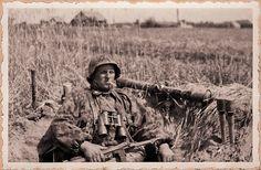 Bundesarchive Photos 1933 - all fields of WWII - Page 552 German Soldiers Ww2, German Army, Ww2 Photos, History Photos, Military Photos, Military History, Germany Ww2, German Uniforms, Military Diorama