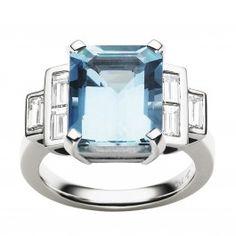 18CT AQUAMARINE & DIAMOND EMPIRE RING |Jan Logan Fine Jewellery