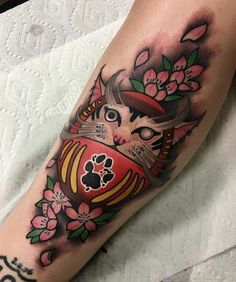 "578 Me gusta, 4 comentarios - Nine Mag (@ninemag) en Instagram: ""Follow @tifferwright for more great tattoos!"""