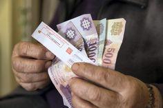 Kik kapnak 12.000 forintos nyugdíjemelést?
