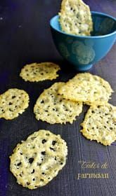 Brunch Recipes 86897 Ultra fast and easy recipe of parmesan tiles for an aperitif or to garnish an appetizer. Easy Brunch Recipes, Recipes Appetizers And Snacks, Snacks Für Party, Easy Appetizer Recipes, Snack Recipes, Cooking Recipes, Party Recipes, Fast Easy Meals, Clean Eating Snacks