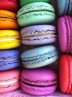 Most wonderful macarons! My favorite! If anyone wants to make my day, bring me to LaDurée for a rose petal macaron. Tasty, Yummy Food, Yummy Mummy, Rainbow Colors, Bright Colours, Rainbow Things, Rainbow Magic, Bunt, Nom Nom