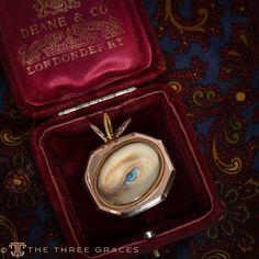 Eye Jewelry, Jewellery, Lovers Eyes, Mourning Jewelry, Les Sentiments, Secret Love, Pearl Brooch, Eye Art, Optician