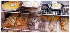 Degustar, Cocina Gourmet / recomienda empanada de pimenton acaramelado.