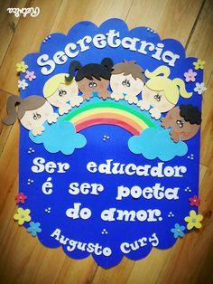 Cartaz para secretaria com mensagem, as cores podem ser modificadas.