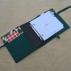 """""""Borostyán"""" kézimunka füzet - zöld Notebook, Neon, Wallet, Neon Colors, The Notebook, Purses, Diy Wallet, Purse, Exercise Book"""