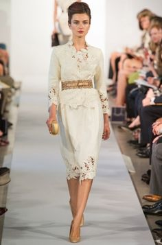 The Oscar de la Renta collection doesn't dissapoint, with its ethereal lace....