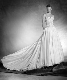 Nadira - Silk taffeta wedding dress, with sweetheart neckline and gemstones