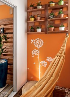 10 Terracotta Pot Decorative Ideas are combined with a simple place at home Wooden Pallet Furniture, Wooden Pallets, True Homes, Ideas Hogar, Small Places, Terracotta Pots, Inspired Homes, My Dream Home, Decorating Your Home