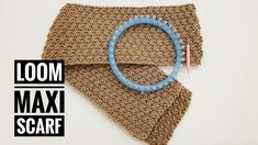 This step-by-step tutorial shows you how to knit a long scarf with a double moss stitch pattern, using a loom with a minimum of 20 pegs XL gauge. Loom Knitting Stitches, Loom Knitting Projects, Circular Knitting Needles, Loom Hats, Loom Knit Hat, Knit Crochet, Loom Knitting For Beginners, Knitting Videos, Loom Patterns
