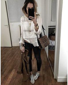 """9,053 mentions J'aime, 99 commentaires - Audrey Lombard (@audrey.lombard) sur Instagram : """"Du blanc, du coton, du jean, du Noir, du camel et une touche de bijoux • Jacket #thekooples (old)…"""""""