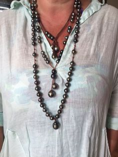 Layers of Tahitian pearls