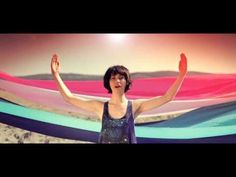 Miami Horror ft.Kimbra  I love the way this whole video feels, the blur, the colours, the whole 60's vibe is fantastic!