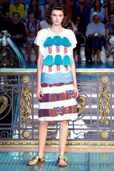 Tsumori Chisato Spring 2012 Ready-to-Wear Fashion Show - Andie Arthur