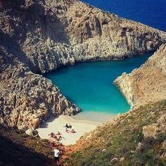 Η ωραιότερη «άγνωστη» παραλία της Ελλάδας που.. κοντράρει τον Παράδεισο! - OlaSimera