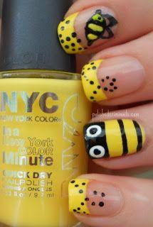 nails.quenalbertini: Black, White & Yellow Nails