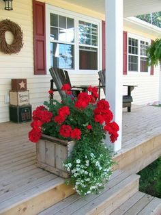 Crate planter & simple red geraniums with white bacopa spiller, Geranium Planters, Geraniums Garden, Red Geraniums, Flower Planters, Garden Planters, Porch Planter, Fall Planters, Container Plants, Container Flowers