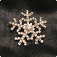 Vintage Rhinestone Snowflake Brooch P4812 by HoliDaisy on Etsy, $24.00