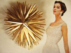 Trifari brooch - If I find it, it's mine and I will wear it! Gold Texture, Looking Stunning, Brooches, Lust, 1960s, Retro Vintage, Vintage Jewelry, Designers, Bangles