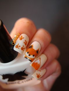 Fox nail art inspired by Janelle from YouTube's Elleandish