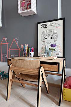 Decoração de: Detalhes; escrivaninha infantil; Casa de Valentina