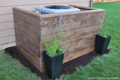 DIY AC Unit Cover-What about with palette wood? Ac Unit Cover, Ac Cover, Backyard Projects, Diy Wood Projects, Backyard Ideas, Outdoor Projects, Landscaping Ideas, Patio Ideas, Big Backyard