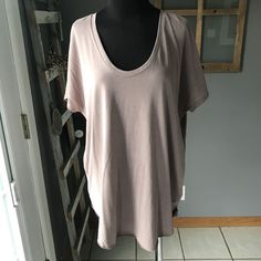 American Eagle AEO Women's Soft & Sexy T Taupe Modal Scoop V Neck Hi Lo Shirt M #AmericanEagleOutfitters #KnitTop #Casual