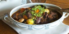 Mehevä burgundinpata   Viiniposti.fi Beef, Food, Meat, Essen, Meals, Yemek, Eten, Steak