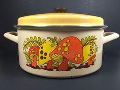 Vintage GHC Enamelware Pot w Lid RETRO Merry Mushroom Hippie Style Cookware