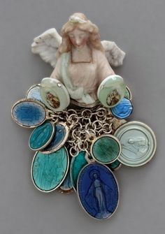 Karin Seufert -- brooches -- china, silver
