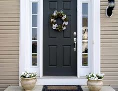 Go look at our page for a good deal more relating to this mind-blowing black front doors Best Front Door Colors, Best Front Doors, Black Front Doors, Front Door Paint Colors, Painted Front Doors, Black Door, Beige House Exterior, Black Exterior Doors, Exterior Door Colors